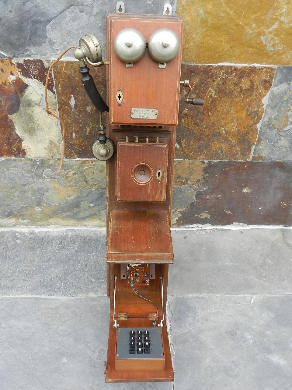 Imagen TELEFONO DE PARED AÑO 1920 34809