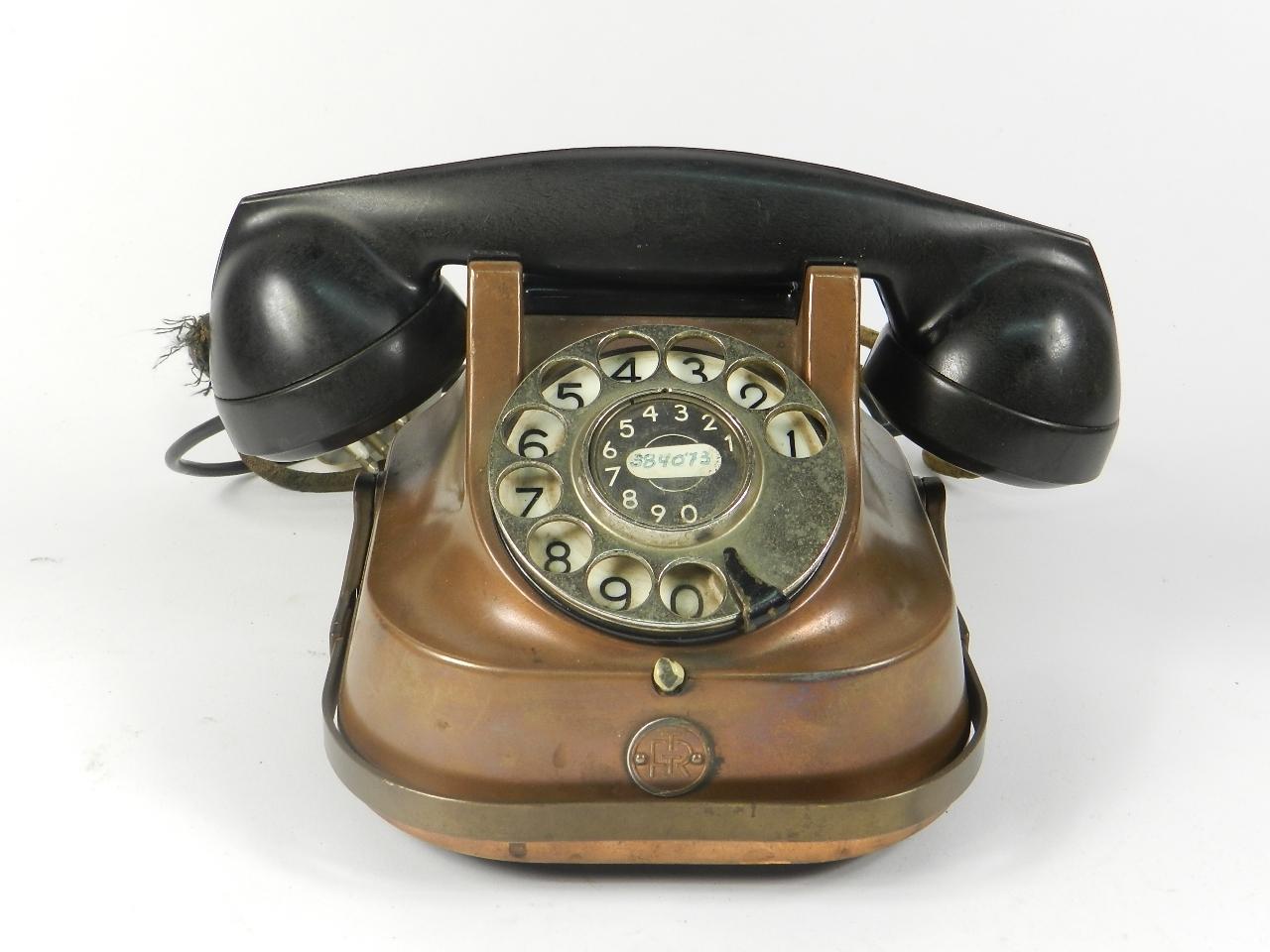 Imagen TELEFONO SOBREMESA COBRE AÑO 1940 35350